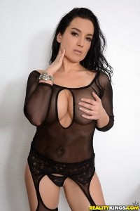 Isabella shows off her sexy body in black fishnets
