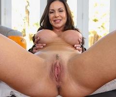 Porn super star Kendra Lust gives a sexy fuck show at puremature.com