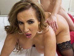 Sexy big ass porn princess Richelle Ryan works over a stud